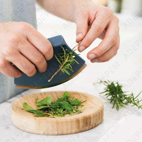 Hachoir a herbes + planche berghoff leo + APPAREIL