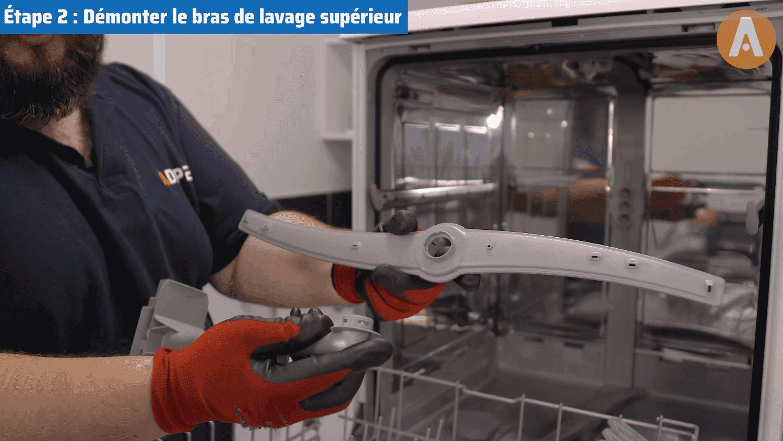 Tutoriel vidéo : comment changer les bras de lavage d'un lave-vaisselle ?